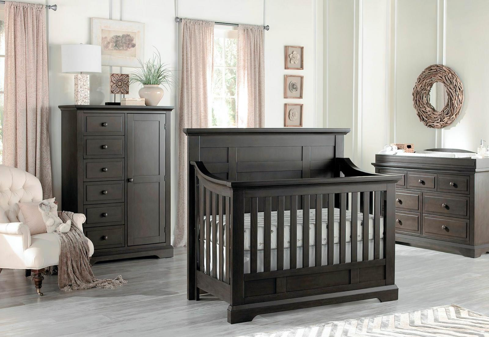 Dallas Collection Crib